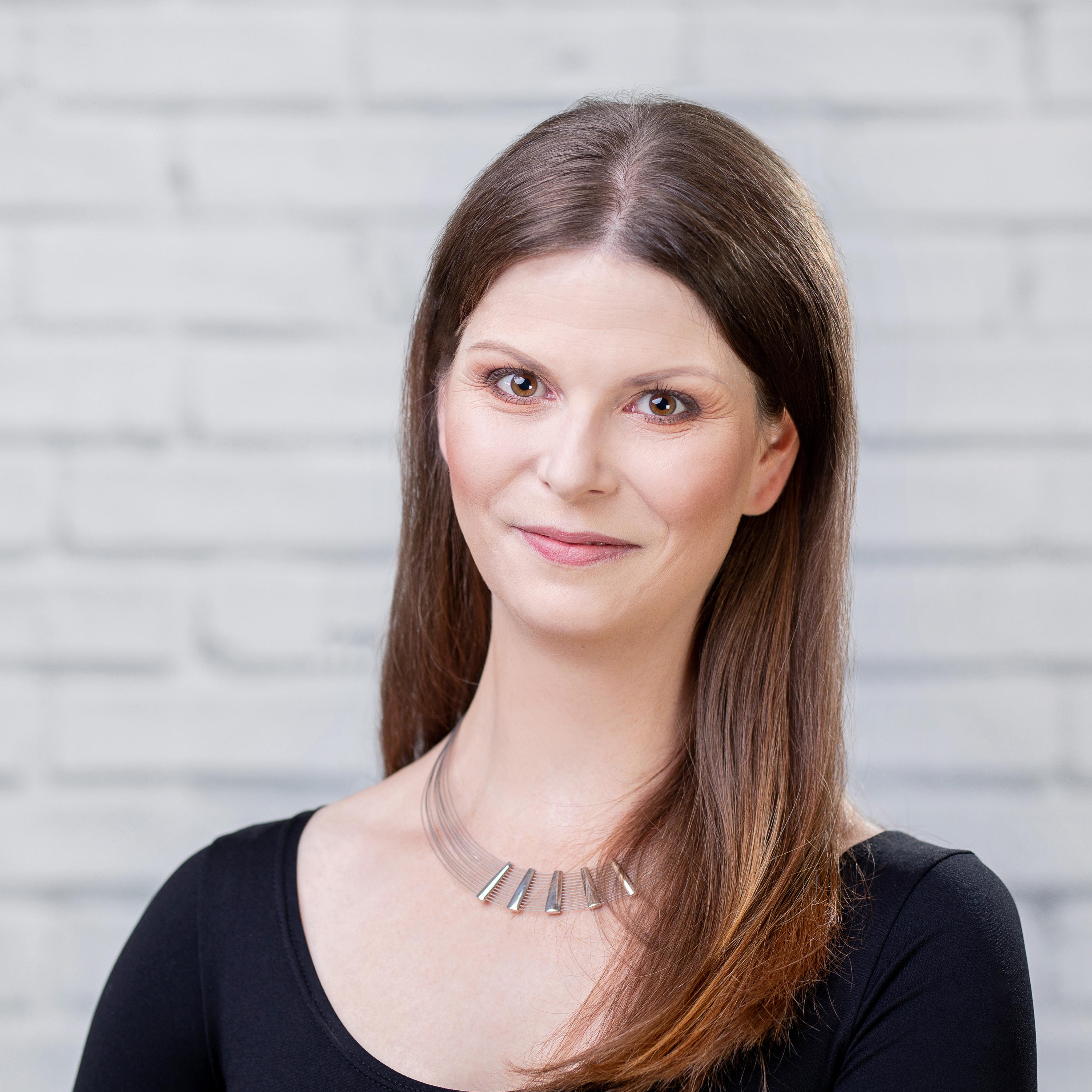 Катажина Жултовска